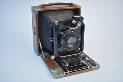Lot 798-An Ika field camera.