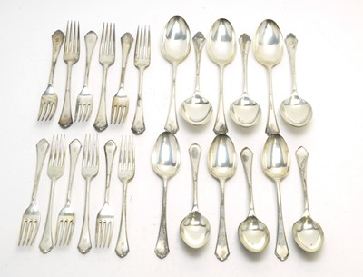 Lot 161 - An Edwardian suite of silver cutlery