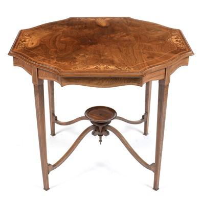 Lot 839 - Edwardian walnut occasional table