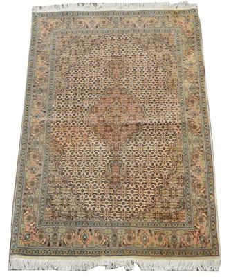 Lot 632 - Tabriz rug
