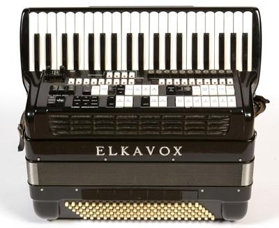 Lot 585 - Elkavox Electronic Piano accordion