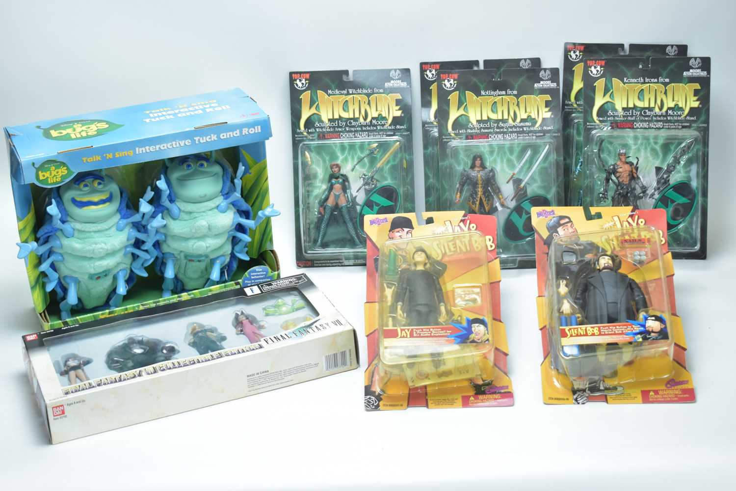 Lot 12 - Witchblade & other fantasy figurines