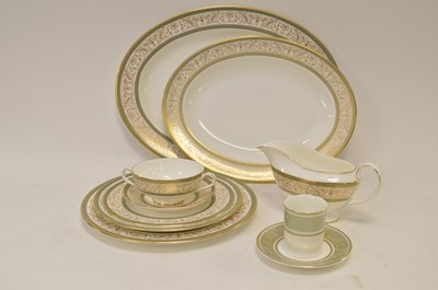 Lot 306 - Minton Aragon dinner service and others