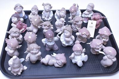 Lot 221 - Twenty-five assorted Nao figurines.