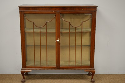 Lot 81A - Early 20th C display cabinet.