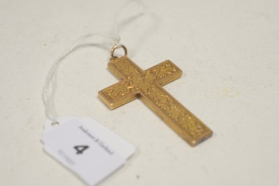 Lot 4 - Crucifix pendant.