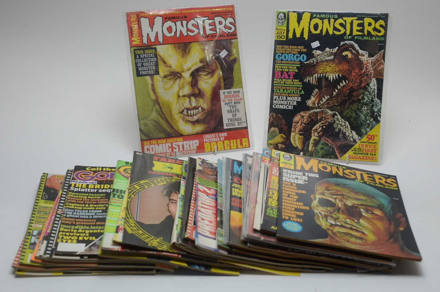 Lot 7 - Thirty-one Monster, Horror, Sci-Fi, Pop and other magazines.