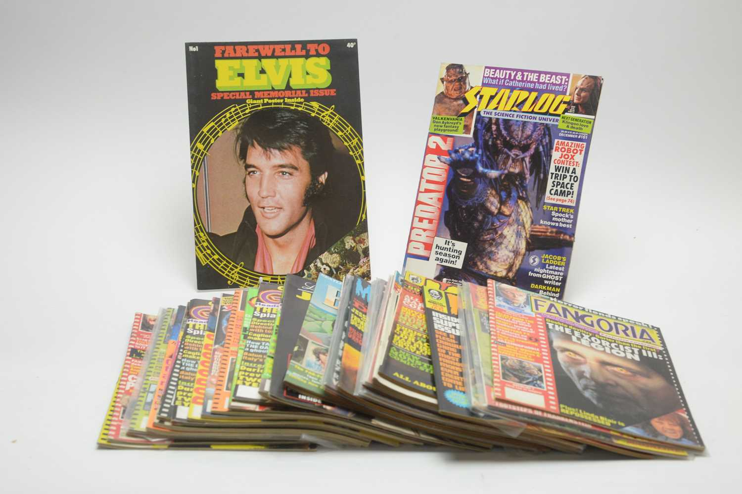 Lot 10 - Thirty-one Monster, Horror, SCi-fi, Pop and other magazines.