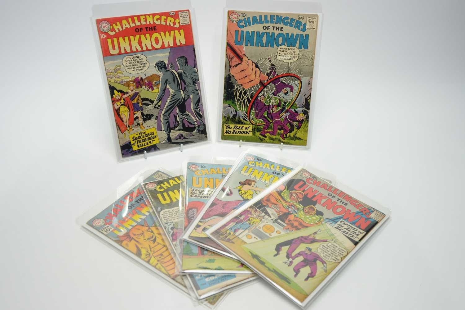 Lot 35 - Challengers of the Unknown by DC.