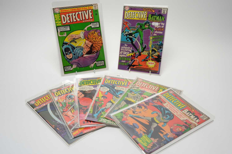 Lot 80 - Detective Comics.