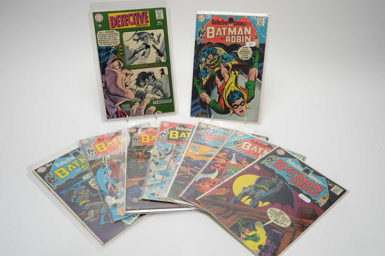 Lot 82 - Detective Comics.