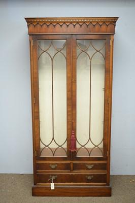 Lot 51 - 20th Century mahogany display cabinet