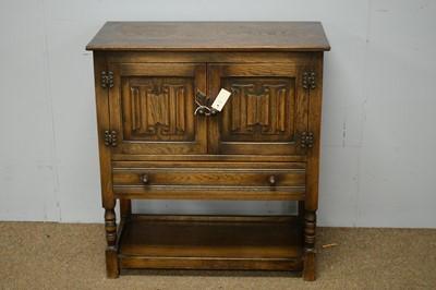 Lot 55 - 20th C oak side cabinet.
