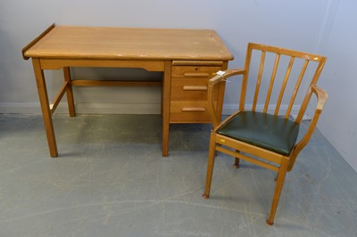 Lot 170 - Desk and chair