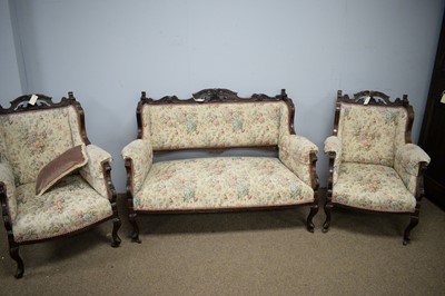 Lot 93 - An early 20th Century mahogany three-piece suite
