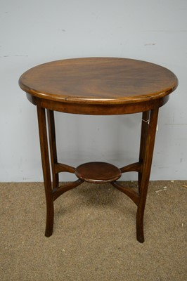 Lot 81 - 20th C oval occasional table.