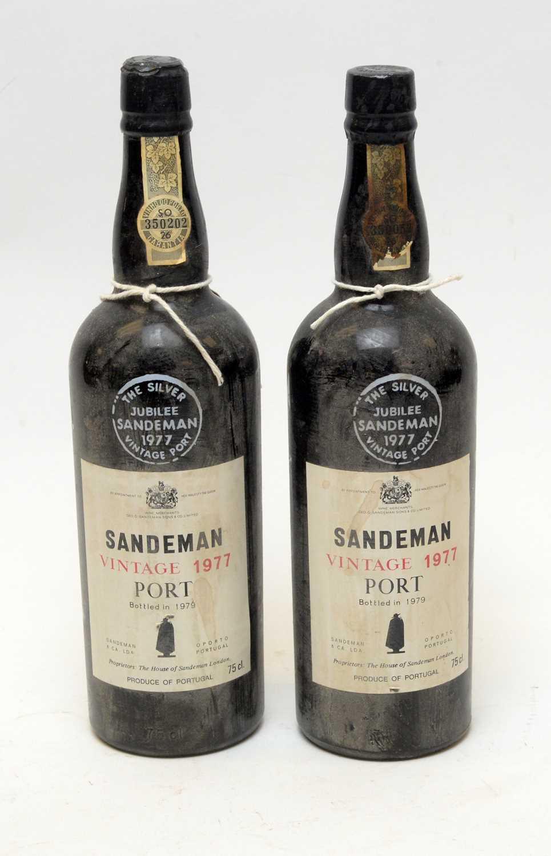 Lot 20 - Sandeman Vintage Port 1977
