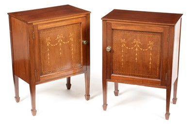 Lot 902 - Pair of Edwardian style bedside cabinets