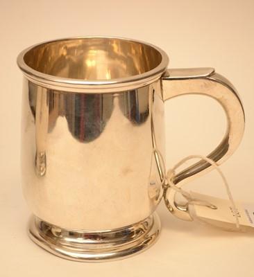Lot 225 - A silver tankard, by Addie Bros