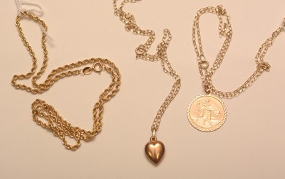 Lot 211 - Gold chain and other jewellery