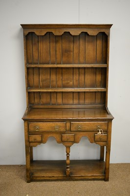 Lot 1 - Reproduction Georgian style oak dresser.