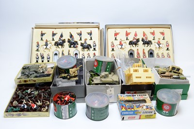 Lot 241 - Dinky Toys American 105mm gun, and other toys, etc.
