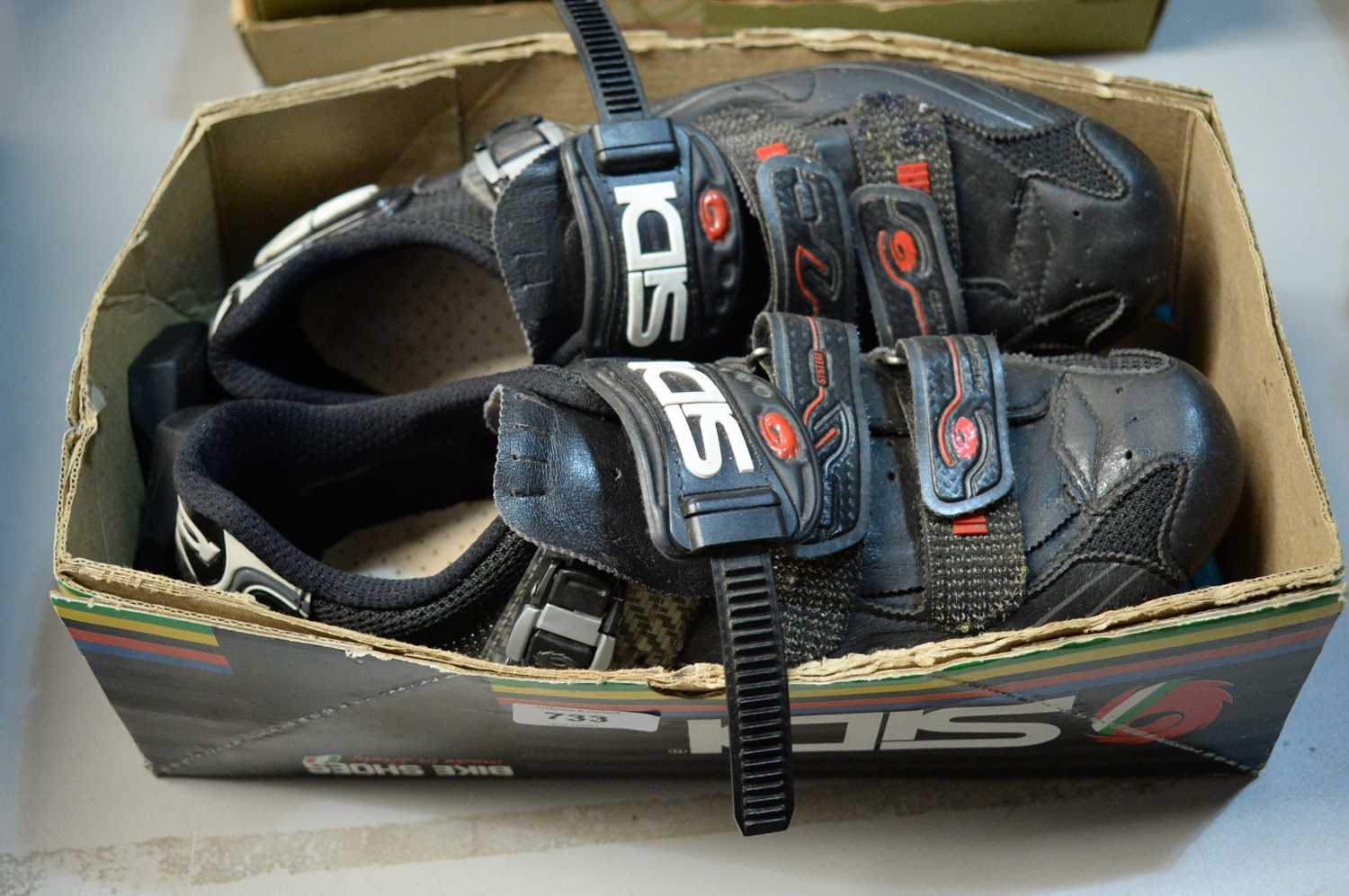 Lot 733 - Pair of Sidi Mirage road shoes.