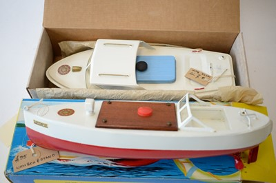 Lot 860 - Sutcliffe tinplate clockwork model boats.