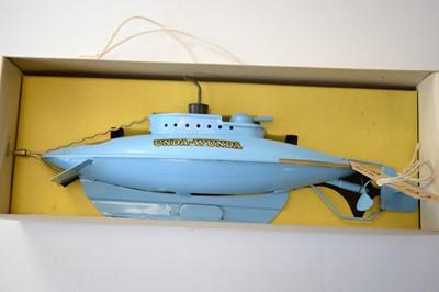 Lot 858 - Sutcliffe tinplate clockwork models.