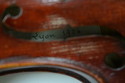 Lot 759 - Elophe Poirson Violin
