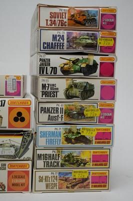 Lot 873 - 1:76 scale plastic construction kits.