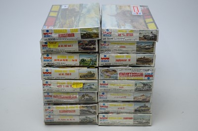 Lot 875 - 1:72 scale plastic construction kits.