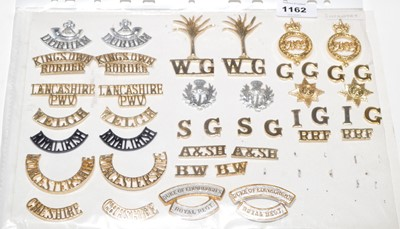 Lot 1162 - A collection of 18 pairs of Military shoulder titles.