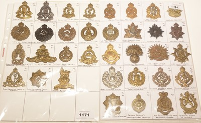 Lot 1171 - A collection of 35 Canadian K/C cap badges.