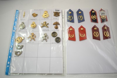 Lot 1220 - A collection of 21 Belgian cap badges.