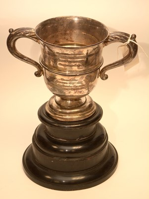 Lot 219 - An early 20th century silver two handled trophy cup