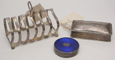 Lot 241 - Silver toast rack, snuff-box, and compact.