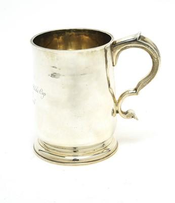 Lot 190 - A George V silver tankard