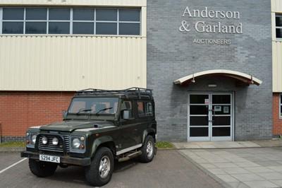 Lot 541 - 1998 Land Rover Defender