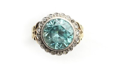 Lot 18 - A 19th Century zircon and diamond cluster ring