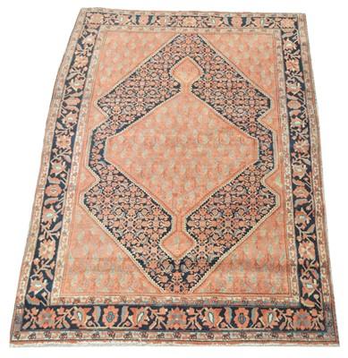 Lot 159 - A Senneh rug.