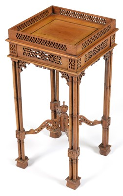 Lot 869 - 19th Century Chippendale Chinese style tea table