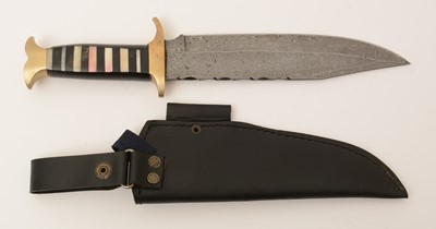 Lot 1010 - 20th Century bowie knife