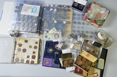 Lot 192 - GB QEII and other coins