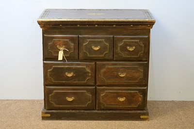 Lot 5 - Early 20th C chest of drawers.