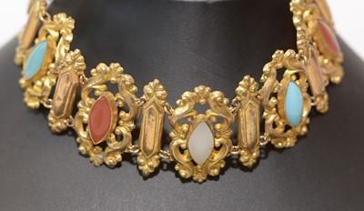 Lot 177 - A gem-set chokernecklace