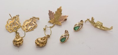 Lot 155 - Gold earrings, brooch and charm