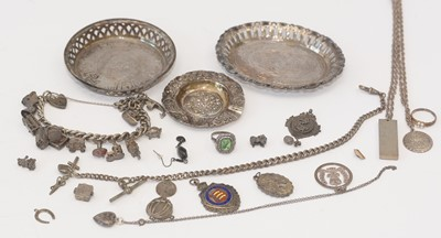 Lot 193 - Silver jewellery and other items