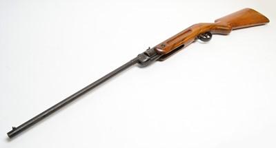 Lot 1075 - 20th Century British air rifle