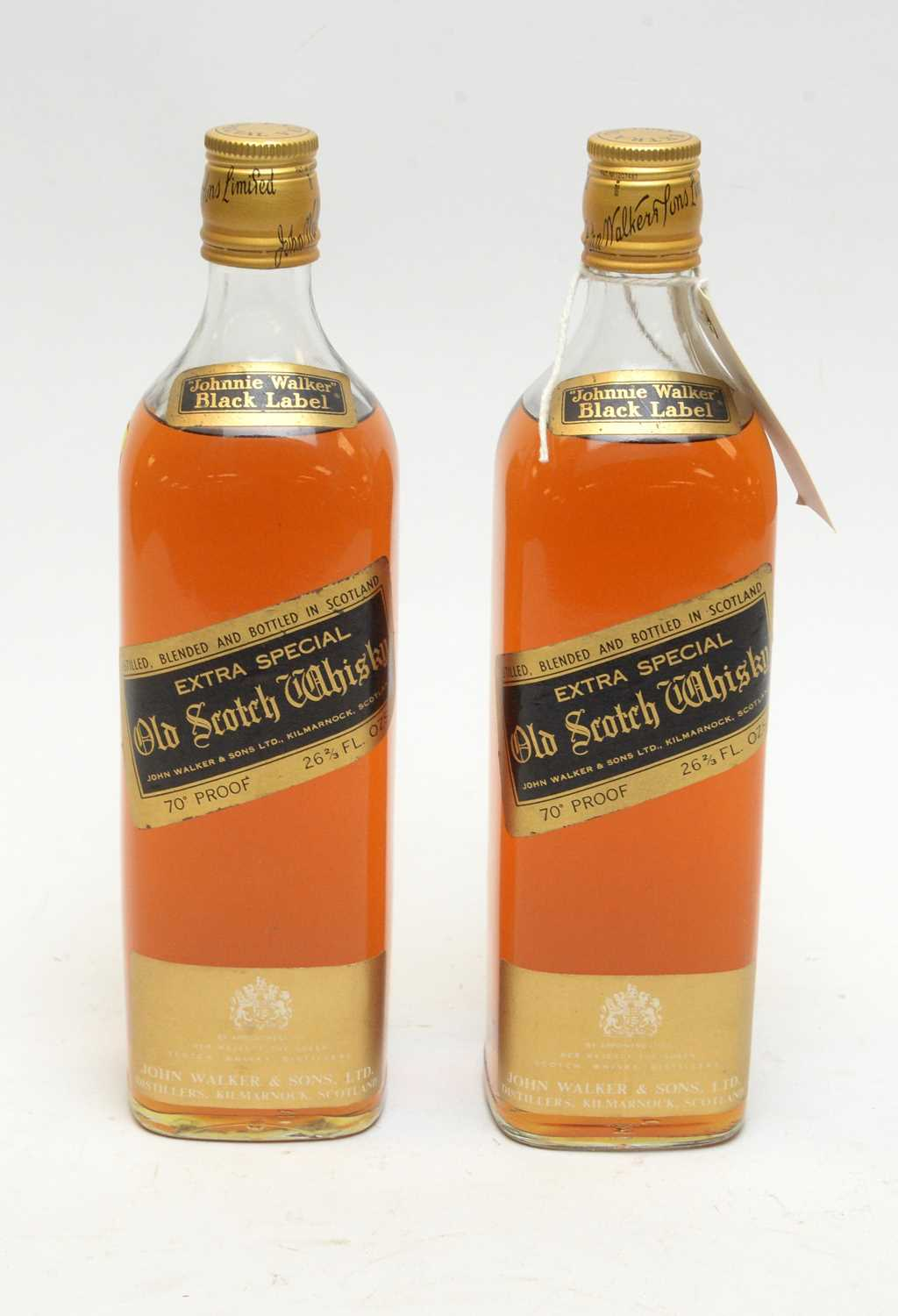 Lot 25 - Johnnie Walker Black Label Extra Special Old Scotch Whisky